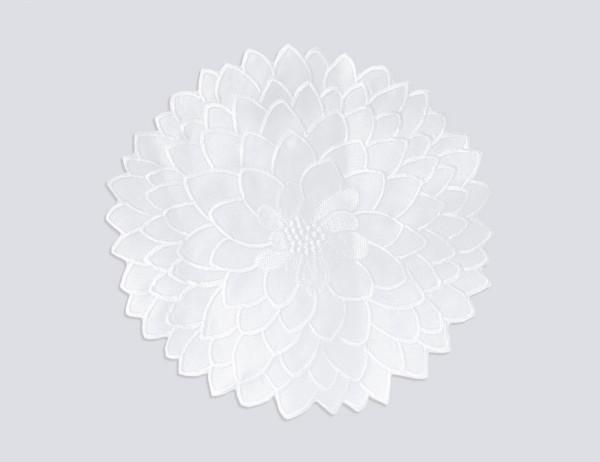 Sander Deckchen Madison, Fb.29, weißes Spitzendeckchen in Blütenform, rund, ca. 28 cm