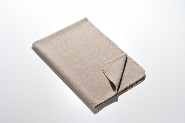 Die Kleine - graumeliert - 70 x 100 cm
