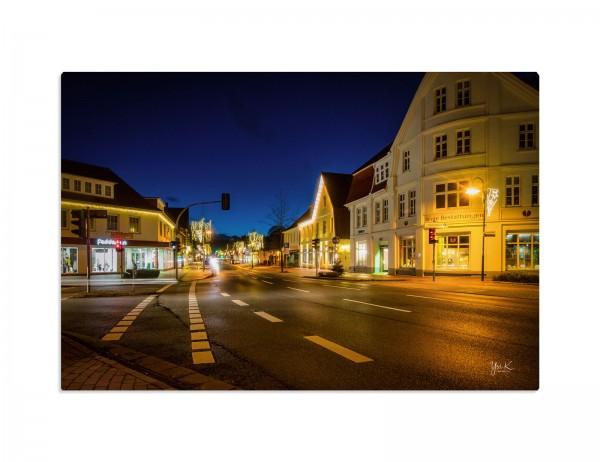 Fotografie auf Leinwand, Motivv Visselhövede, Hauptstrasse am Abend, 60x40 cm, 40x30 cm